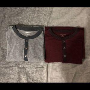 Banana Republic Long Sleeve Shirt Medium (2 Pack)